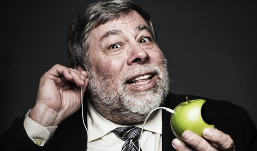 Wozniak-With-Earbuds
